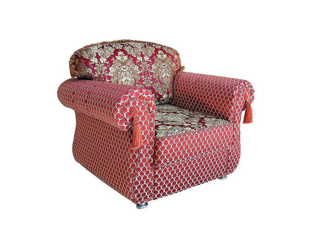 красное кресло-кровать