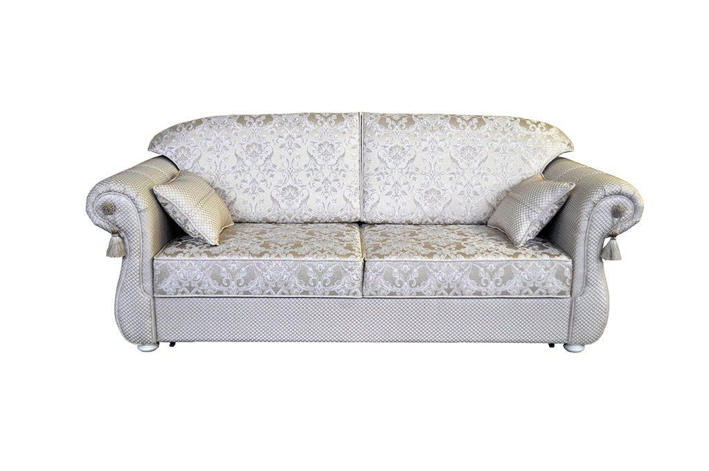 мягкий с узорами диван